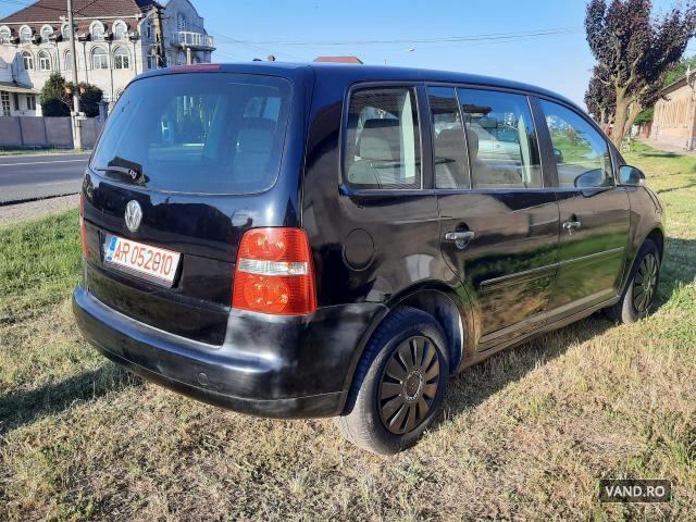 Vand Volkswagen Touran 2006 Benzina