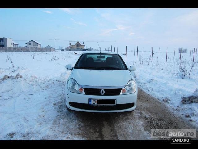Vand Renault Symbol 2012 Benzina