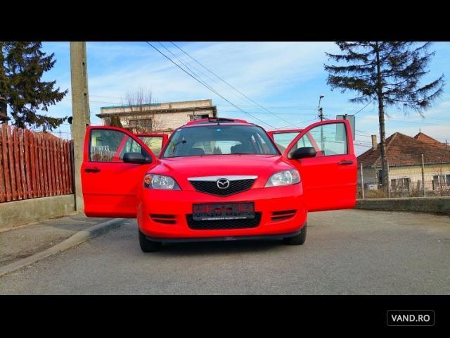 Vand Mazda 2 2003 Benzina