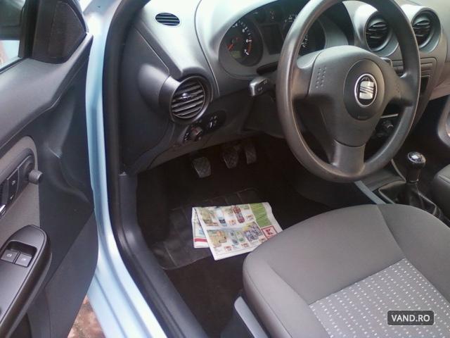 Vand Seat Cordoba 2005 Benzina