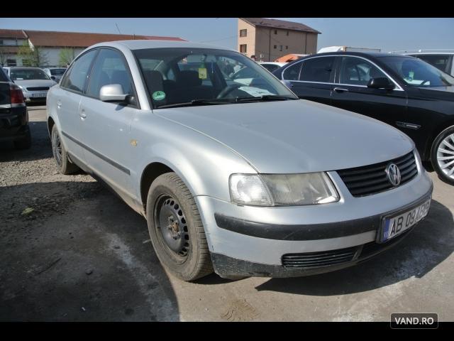 Vand Volkswagen Passat 2000 Benzina