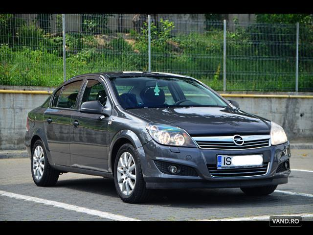 Vand Opel Astra 2011 Benzina